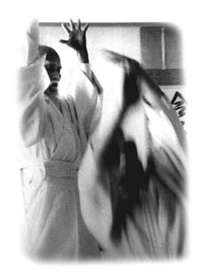 Morihei bei der Ausdehnung seines Ki